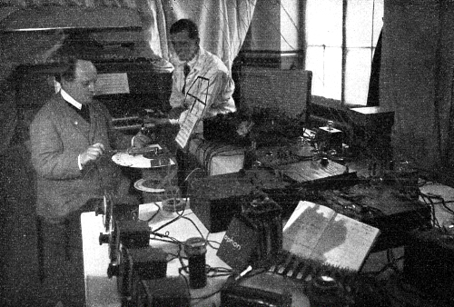Jorg Mager and Oskar Vierling working on the Sphäraphon at Mager's laboratory in Darmstad.